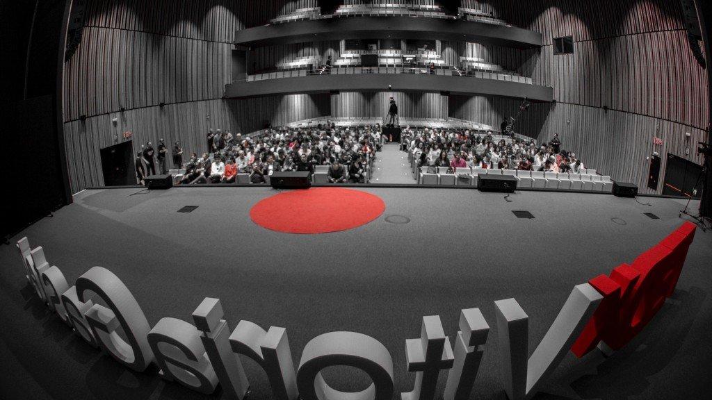 Entrada y salida del escenario_hablar en público